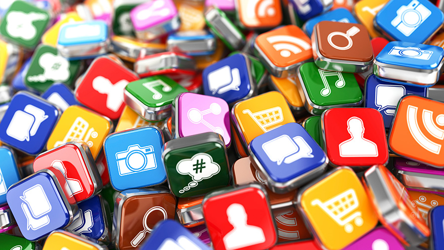 بررسی حضور رقبا در شبکه های اجتماعی